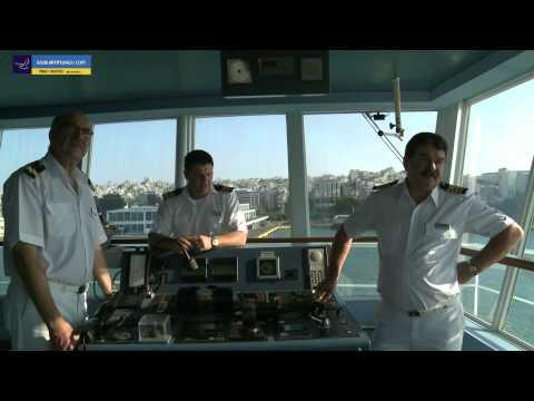 FESTOS PALACE Arrival at Piraeus Port HD video ( Passenger vessels )