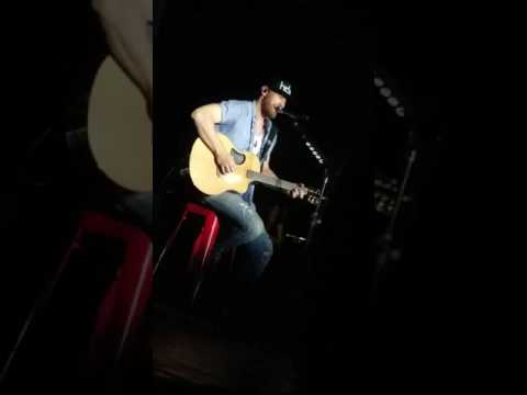 """Chase Rice live """"If I'm bein' honest"""" at the House of Blues Anaheim"""