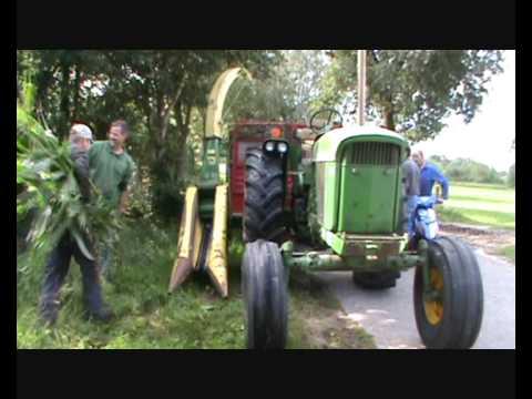 4020 John Deere >> maishakselen met john deere forage harvester fh 25 en jd 4020 in splo loonbedrijf nijland - YouTube