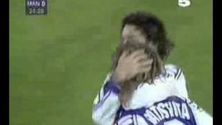 Batistuta goal vs Manchester United
