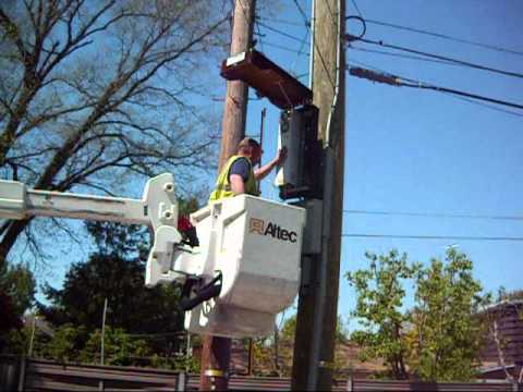 LTE DAS Install on Utility Pole