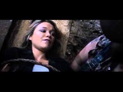 Buzzsaw peril scene - YouTube