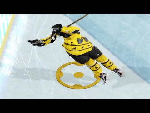 PASS HIM THE PUCK... LOL!!  (NHL 18 Clips)