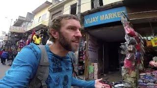 Delhi, India: A Tour of Paharganj Bazaar & the Train Station