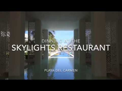 What dinner is like at the Skylights Restaurant inthe Platinum Yucatan Princess Hotel
