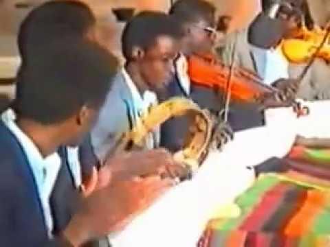 ملك الأغنية المحلية الفنان القدير : صالح دقدوقة