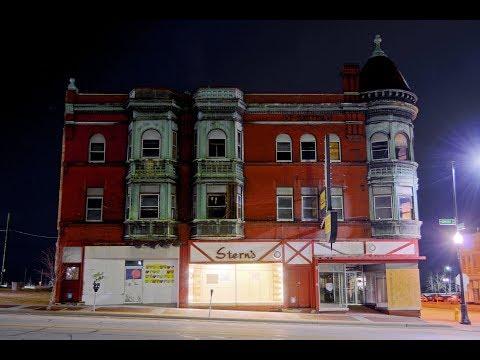 Raw Explore: Sauter Building (Stern's) - Waukegan, IL