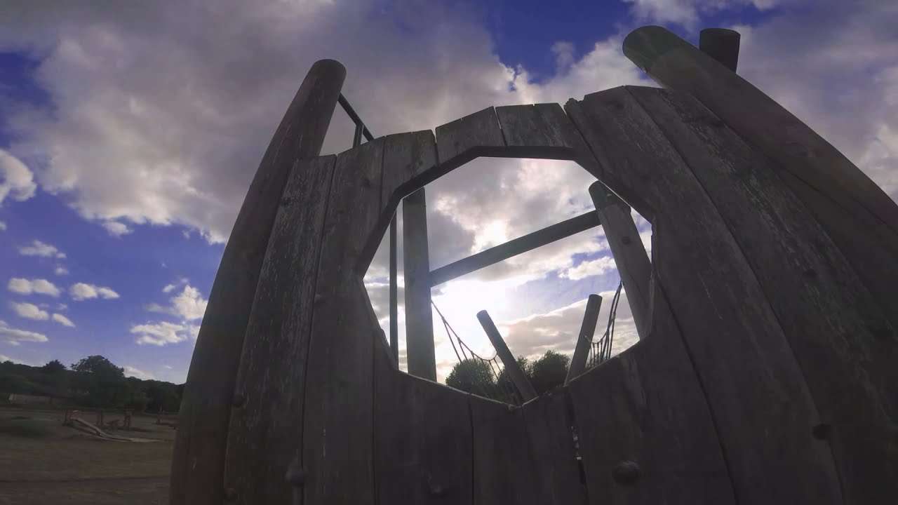 Adventure Playground - FPV Freestyle IN 40 MPH WINDS!! фотки
