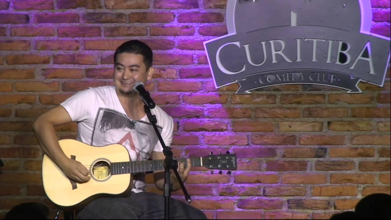 André Santi - Porque todo homem aprende tocar violão - Stand Up Comedy