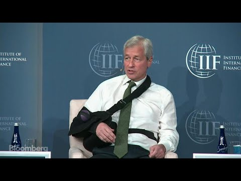 Dimon Says 'Stupid' Bitcoin Investors Will Pay the Price