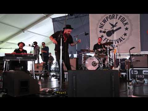 Nathaniel Rateliff and The Nightsweats: S.O.B. (clip) // Newport Folk Festival 2015