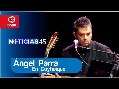 Presentación de Ángel Parra y Camila Escobar en su visita a Coyhaique