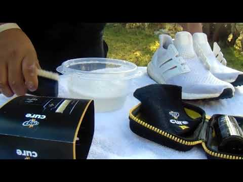 DOES @CREPTPROTECT WORK!!!!??? HOW TO CLEAN ADIDAS ULTRABOOST!!!