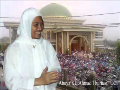 tawasul, fatiha dan pembacaan sholawat sbgai moqodimah ta'lim.wmv