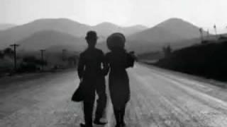 Smile, Carlitos Chaplin - Tiempos modernos