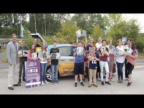 Profile Subaru and the Observatory deliver 300 books to Kennett Middle School