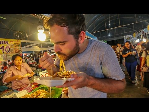 SO MUCH FOOD! - MBK Center, Bangkok, Thailand