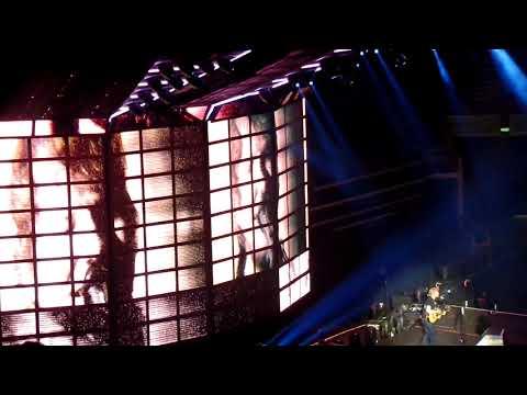 Ed Sheeran Singapore 12.11.17- Dive