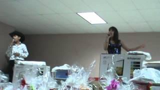 En Ocampo Coahuila Cantando con El Niño De Oro Julio Cesar