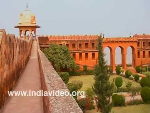 Garden inside Jaigarh Fort, Jaipur