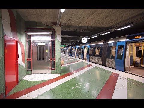Sweden, Stockholm, Kungsträdgården subway station, Metro, U-Bahn, MTR, 9X escalator , 6X elevator