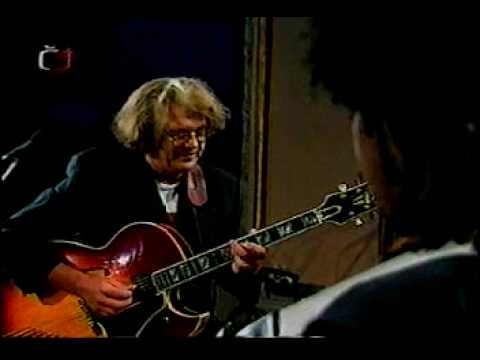 Larry Coryell 1995 'Moment's Notice'