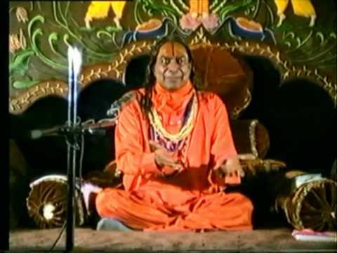 The Ultimate Aim of Human Life - Jagadguru Shri Kripalu Ji Maharaj (Hindi)