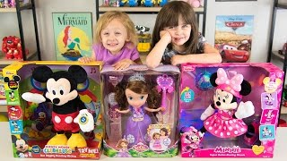 Dancing Mickey Mouse Super Roller Skating Minnie Mouse Magic Dancing Sofia the First Kinder Playtime