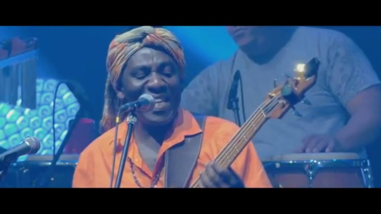 Mut'Esukudu Richard Bona and the Mandekan Cubano live at VeszpremFest 2017