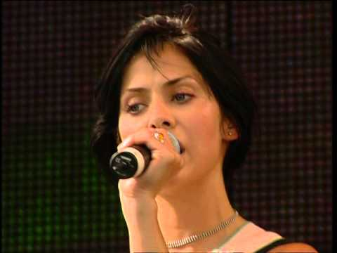 Natalie Imbruglia - Big mistake Live party in the park 1998 (HD)