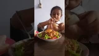 Wisata Kuliner Anak Lifestyle Jessline VS Gado Gado Jumbo Pak Tikno Cabang Indomaret Menur