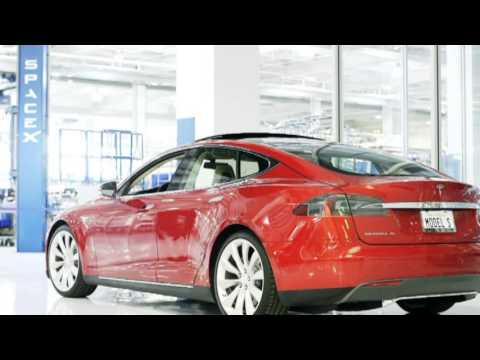 Tesla S: Exclusive Look with the Man Who Dreamed It