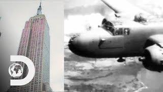 Gambar cover How The Empire State Building Survived A Plane Crash | Blowing Up History