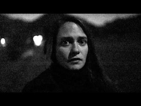 EMILIE ZOÉ - Loner (official Video)