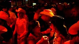 EN TEMPO NIGHT CLUB LOS ANGELES