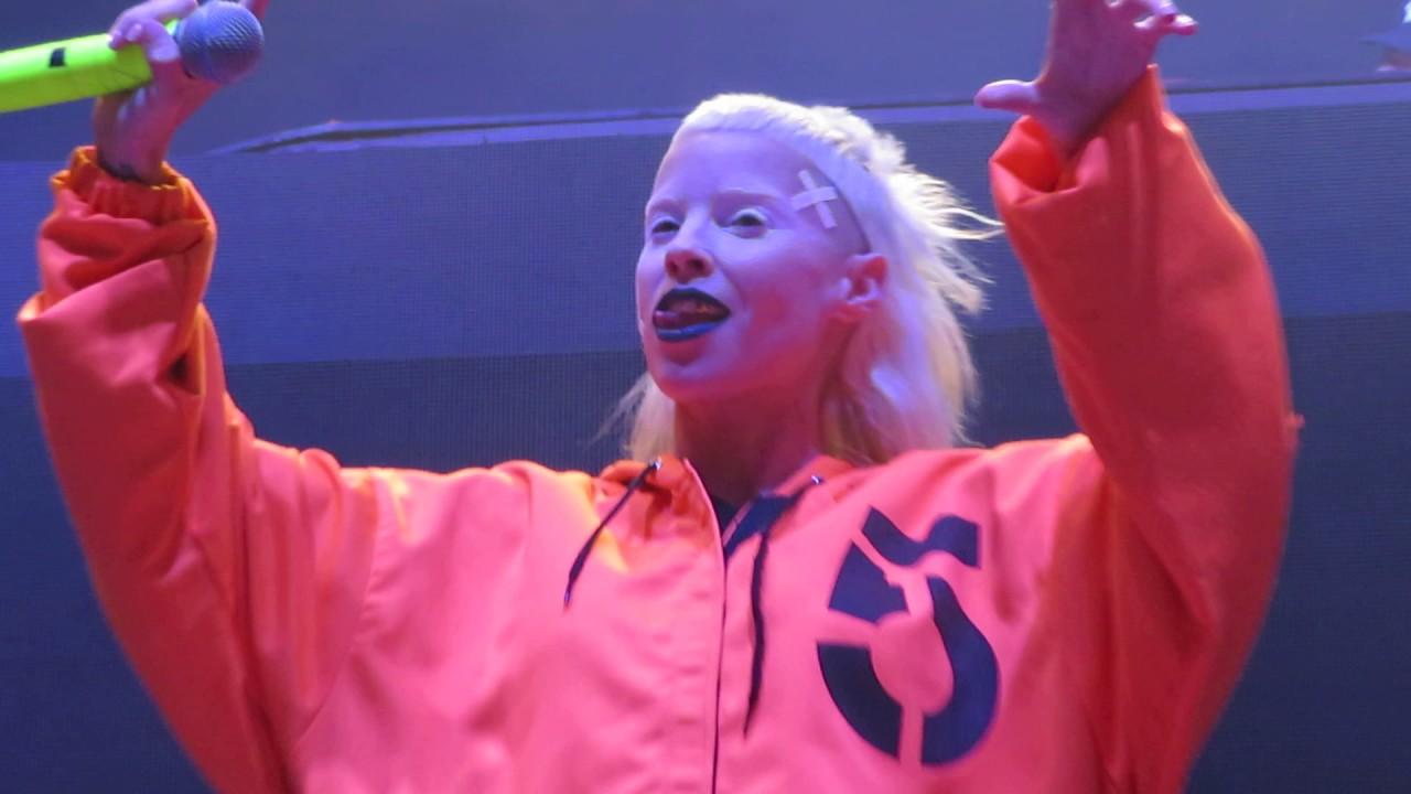 Die Antwoord LIVE -DJ Hi-Tek Rulez/Fok Julle Naaiers/Wat