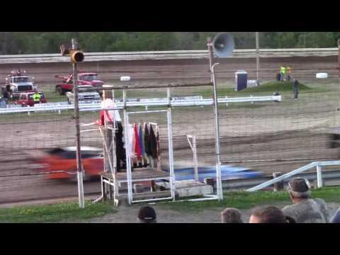 Hummingbird Speedway (7-8-17): Swanson Heavy Duty Truck Repair Semi-Late Model Heat Race #2