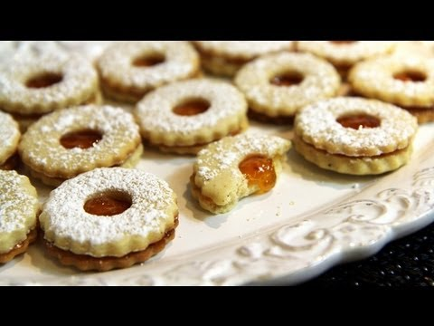 cookies-with-apricot-jam-(sablés-à-la-confiture)-recipe---cookingwithalia---episode-194