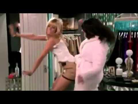 2 Broke Girls - Max And Caroline Dancing