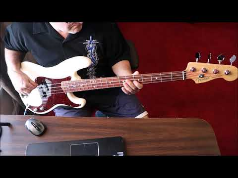 Robert Cray Band - Smoking Gun - Bass Cover