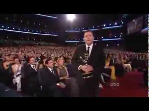 Ricky Gervais rivuole indietro il premio da Steve Carell agli Emmy Award 2008 (sub ita)