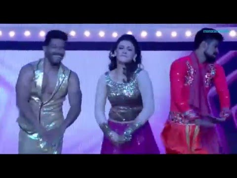 VANITHA FILM AWARD 2016- Sizzling Hansika Performance
