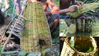 Primitive Technology, Make fish trap for fishing - freshwater fish trap