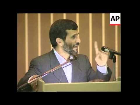 Ahmadinejad Visits Kalibata Hero Cemetery, Criticises Israel