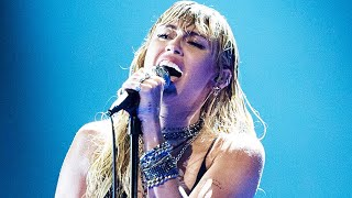 "Miley Cyrus Changes ""Slide Away"" Lyrics to Shade Liam Hemsworth during Emotional VMA Performance"