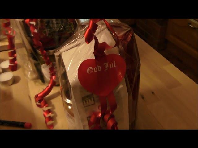 Gourmetbönan förbereder julmarknader ...och sjunger en liten stump ...