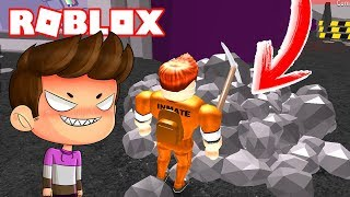 WE TAKE a HOLE in ROBLOX to ESCAPE A PRISION! 💥