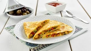 Quesadilla cu pui | Chicken Quesadilla (CC Eng Sub) | JamilaCuisine