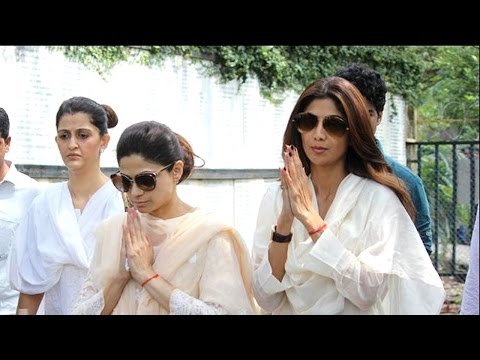 Shilpa Shetty Father Surendra Shetty's Funeral | SpotboyE | Bollywood News