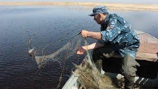 С рыбными браконьерами борются сотрудники местной полицейской службы ВКО